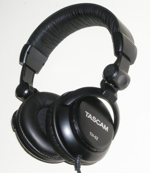 Tascam TH02